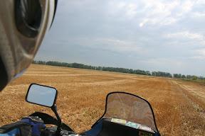 Kada se navečer zavezete duboko u polje, onda vas ujutro čeka povratak na cestu