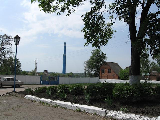 Труба сахарного завода в пархомовке