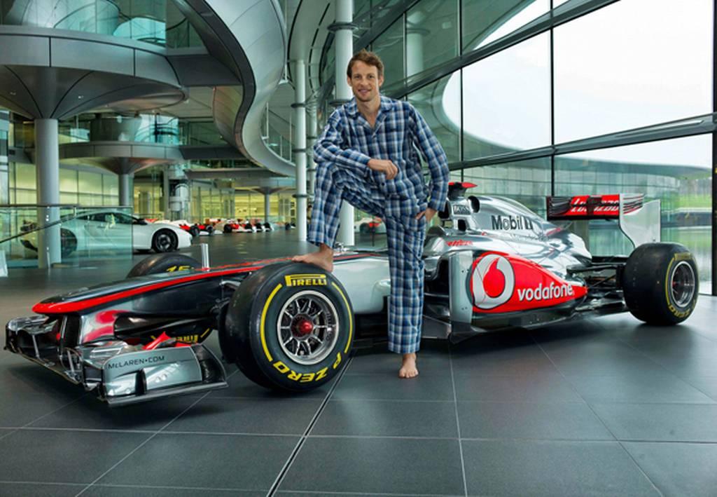 Дженсон Баттон и пижамная вечеринка на базе McLaren