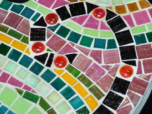 Springtime Heart Mosaic Stepping Stone MOO5022
