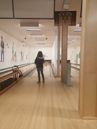 Youbou Community Bowling Alley, 8550 Hemlock St, Youbou, BC V0R 3E1, Canada, Bowling Alley, state British Columbia