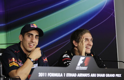 Себастьян Буэми и Виталий Петров на пресс-конференции в четверг на Гран-при Абу-Даби 2011
