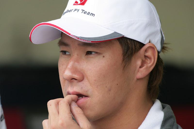 Камуи Кобаяши грызет ногти на Гран-при Бельгии 2011