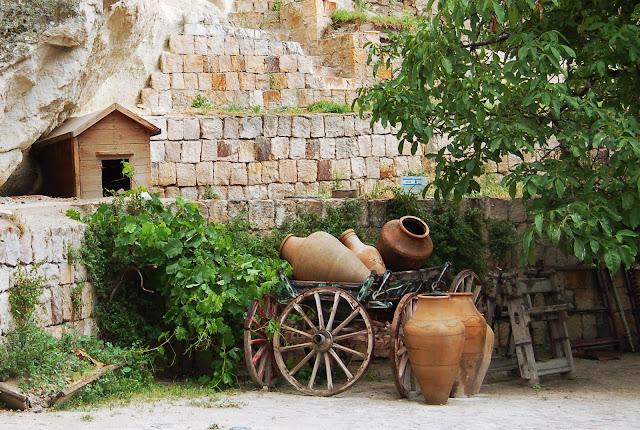 Турция: Город Гереме, глиняные горшки
