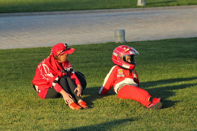 болельщики Михаэля Шумахера и Ferrari на Гран-при России 2014