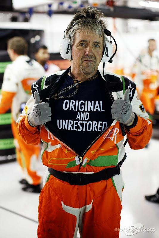 Нил Дики в футболке Original and Unrestored на Гран-при Сингапура 2013