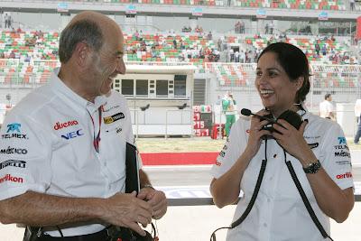 Петер Заубер и Мониша Кальтенборн на Гран-при Индии 2011