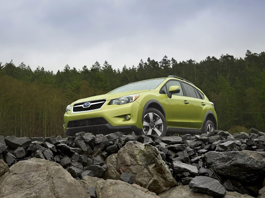 Japanese car photos 2014 Subaru XV Crosstrek Hybrid