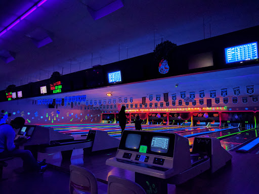 South Hill Bowling Centre, 510 Home St W, Moose Jaw, SK S6H 7P4, Canada, Bowling Alley, state Saskatchewan