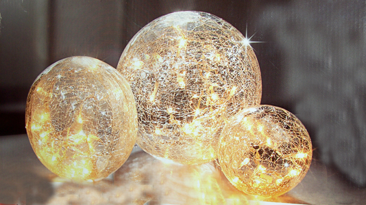 leuchtkugeln 3er set aus glas led lichterkette leuchtdeko. Black Bedroom Furniture Sets. Home Design Ideas