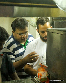 Kitchen tours in New Delhi http://indiafoodtour.com  http://foodtourindelhi.com