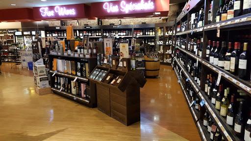 Southdale Centre Liquor Mart, 67 Vermillion Rd. #21, Winnipeg, MB R2J 3W7, Canada, Liquor Store, state Manitoba