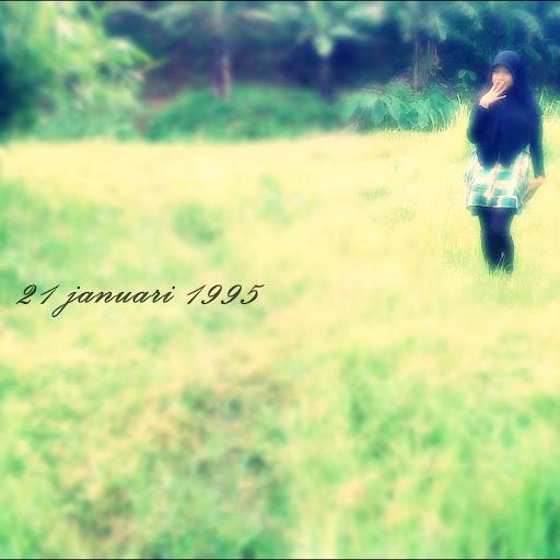 Sophia Damayanti 23 November 2012 01.45