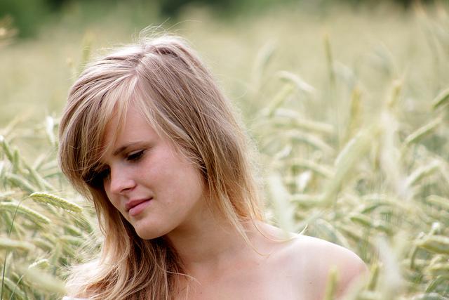 Portrait Photography by Anne Mortensen Seen On www.coolpicturegallery.us