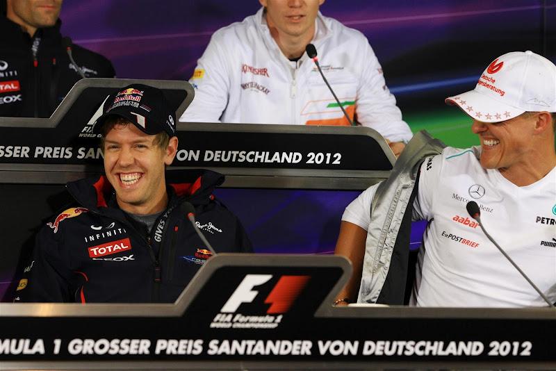 Себастьян Феттель и Михаэль Шумахер на пресс-конференции в четверг на Гран-при Германии 2012