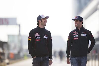 Жан-Эрик Вернь и Даниэль Риккардо на Гран-при Китая 2013