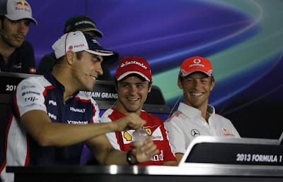 Пастор Мальдонадо, Фелипе Масса и Дженсон Баттон на пресс-конференции в четверг на Гран-при Бахрейна 2013