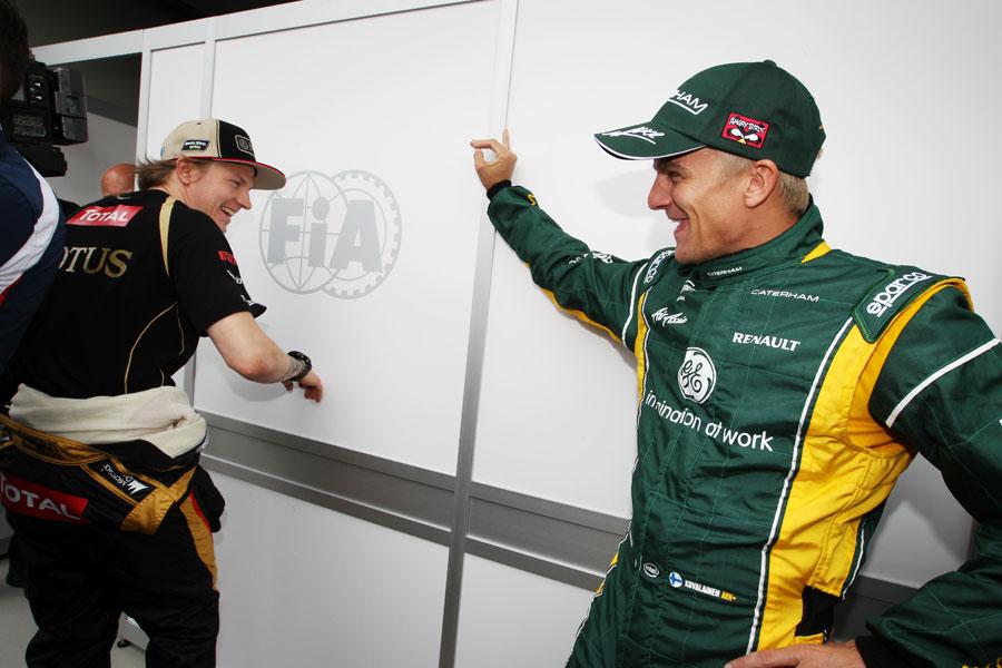 Кими Райкконен и Хейкки Ковалайнен встречают друг друга на Гран-при Австралии 2012