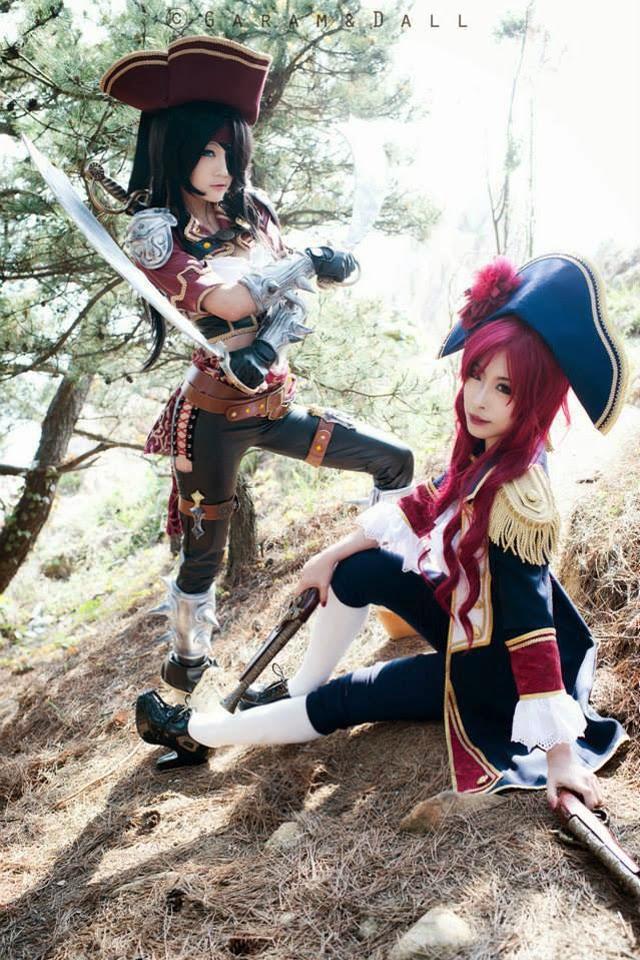 "Miyuko khoe trọn bộ cosplay Katarina ""cướp biển"" - Ảnh 29"