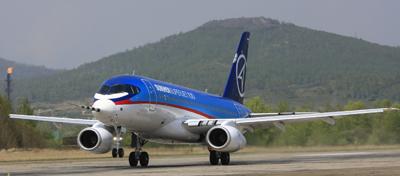 Foto-Foto Pesawat Sukhoi Superjet 100 Rusia Seen On www.coolpicturegallery.us