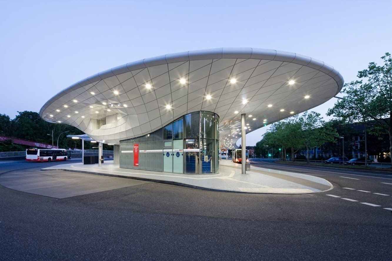 Amburgo, Germania: Bus Station by Blunck+Morgen Architekten