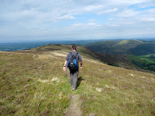 Walking back to Lorton from Ladyside Pike