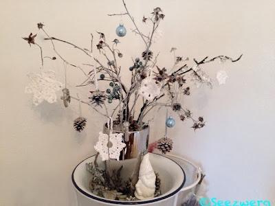Seezwerg friday flowerday 52 - Blaue christbaumkugeln ...