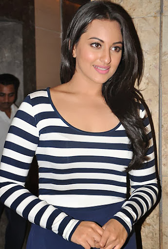 Sonakshi Sinha in Beautiful Neck Slim Top