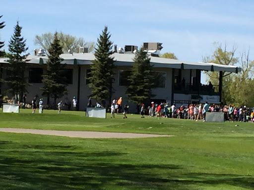 Henderson Lake Golf Club, 2727 S Parkside Dr, Lethbridge, AB T1K 0A1, Canada, Golf Club, state Alberta