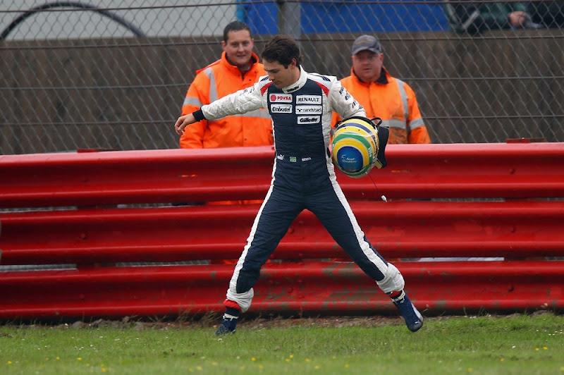 прыгающий Бруно Сенна на Гран-при Великобритании 2012