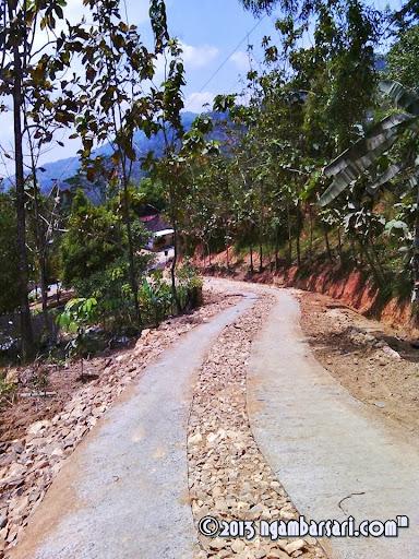 Jalan Gunung Pegat Godang