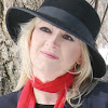 Award Winning Canadian Author/Poet - Elysse Poetis