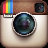 AyuRavenwing auf Instagram folgen
