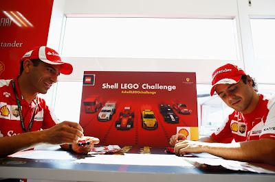 Марк Жене и Фелипе Масса собирают лего Shell LEGO Challenge на Гран-при Венгрии 2013