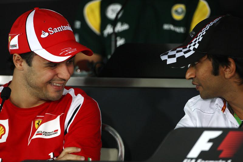 Фелипе Масса и Нараин Картикеян на пресс-конференции Гран-при Индии 2011