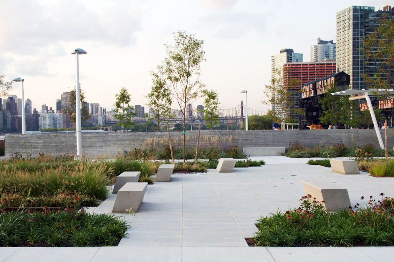 10-Hunters-Point-South-Waterfront-Park-by-Thomas-Balsley-Associates-and-Weiss/Manfredi