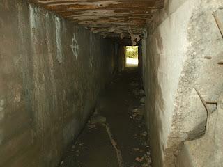 korytarz w bunkrze