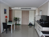 cozy studio in a modern condo close to pattaya park    for sale in Pratumnak Pattaya