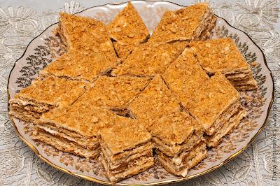 песочный пирог с кремом из масла и сгущенки
