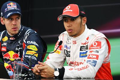 Себастьян Феттель и Льюис Хэмилтон на пресс-конференции после квалификации на Гран-при Японии 2011