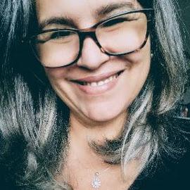 Iris Cunha