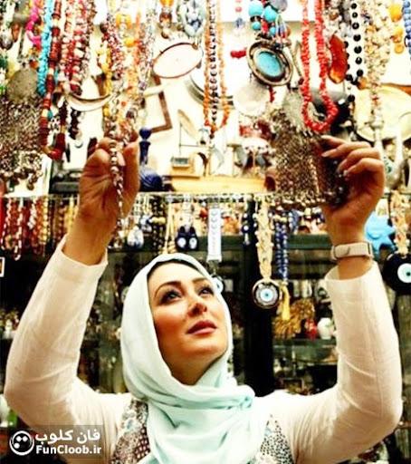 عکس الهام حمیدی در عتیقه فروشی