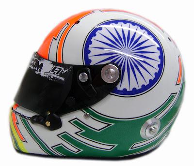 шлем Нараина Картикеяна для Гран-при Индии 2011