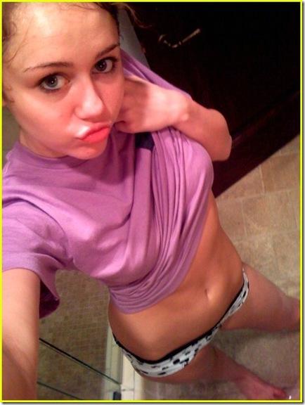 Miley Cyrus Hosting Saturday Night Live