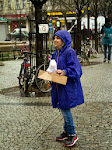 Strassenkind für einen Tag - Kinder der Richard-Grundschule (Berlin-Neukölln) machen bei der Aktion von terre des hommes mit