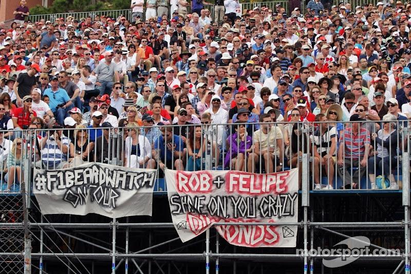 болельщики Роба Смедли и Фелипе Массы на Гран-при Монако 2012