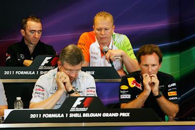 Падди Лоу, Энди Грин, Росс Браун и Кристиан Хорнер на пресс-конференции представителей команд на Гран-при Бельгии 2011 в пятницу