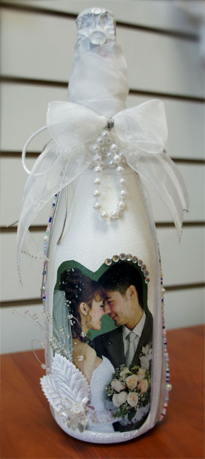 Свадебная бутылка шампанского с фото