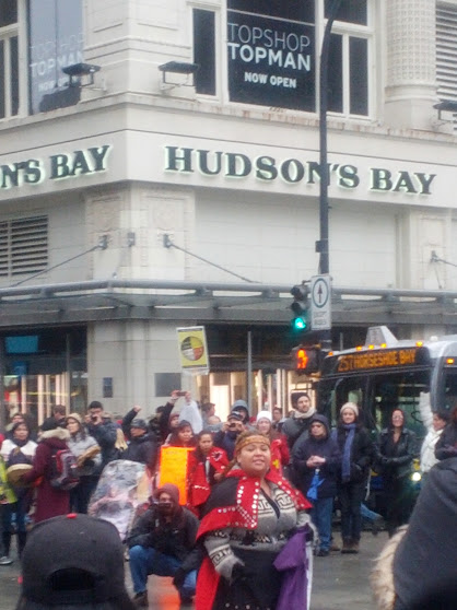 The IdleNoMore protest in front of the Hudson's Bay store