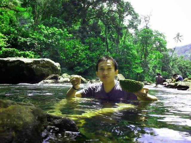 cara unik menikmati durian mamuju